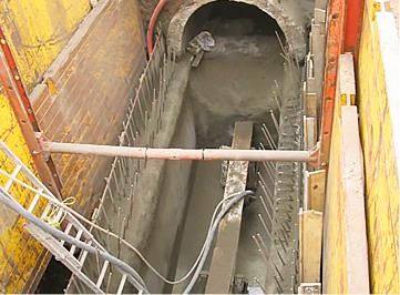 Execução de obras de recuperação da rede de esgoto na cidade de Montevideo, Uruguai