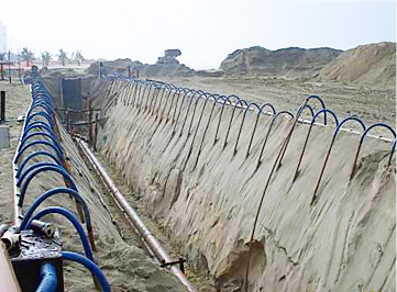 Obras no sistema de esgotos da cidade de Praia Grande.